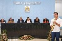 Sessão solene em homenagem ao Dia Internacional da Mulher é realizada com muita alegria